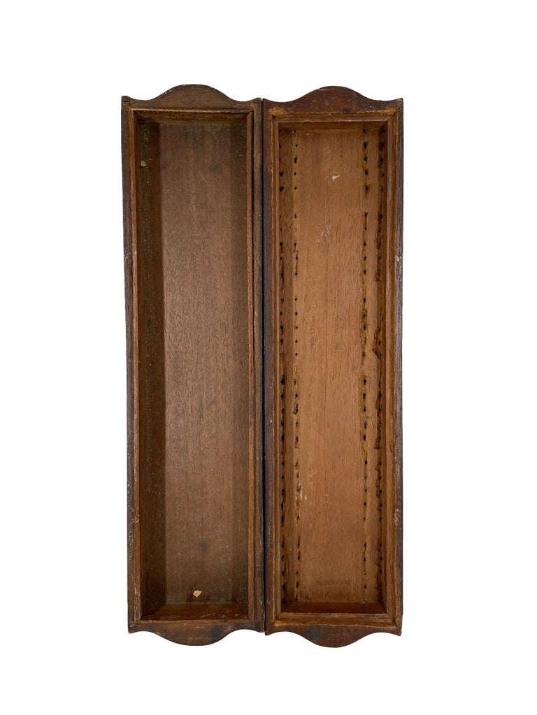 Late 19th Century Antique Cribbage Board and Box in Mahogany with Exotic Inlays English circa 1880 For Sale