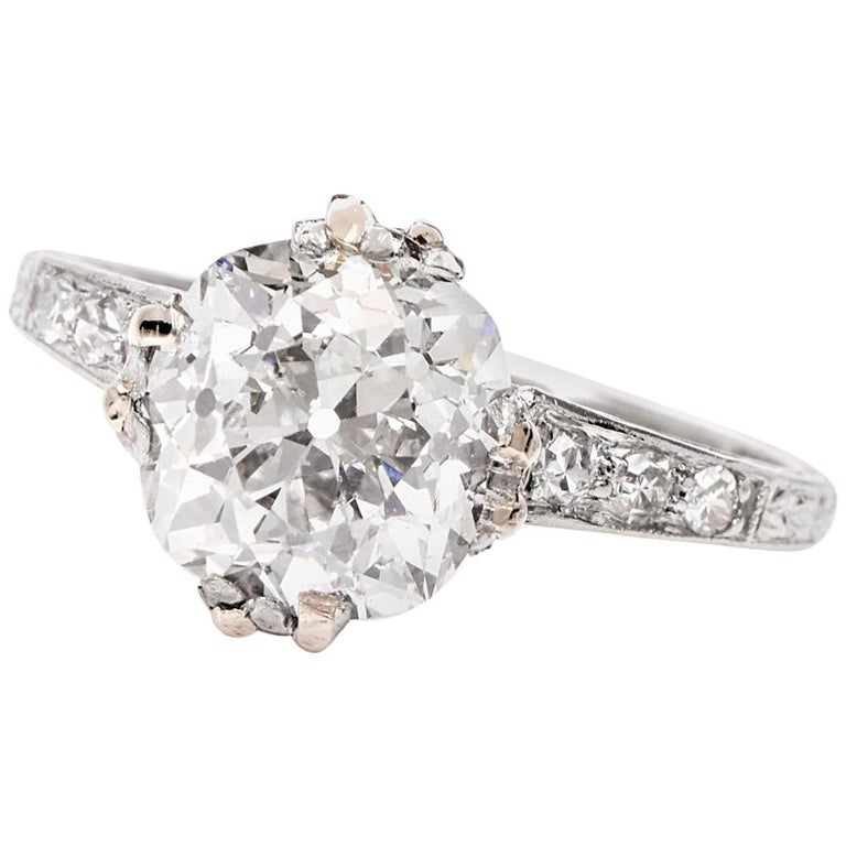 Antique Engagement Rings For Sale: Antique Cushion Diamond Platinum Engagement Ring For Sale