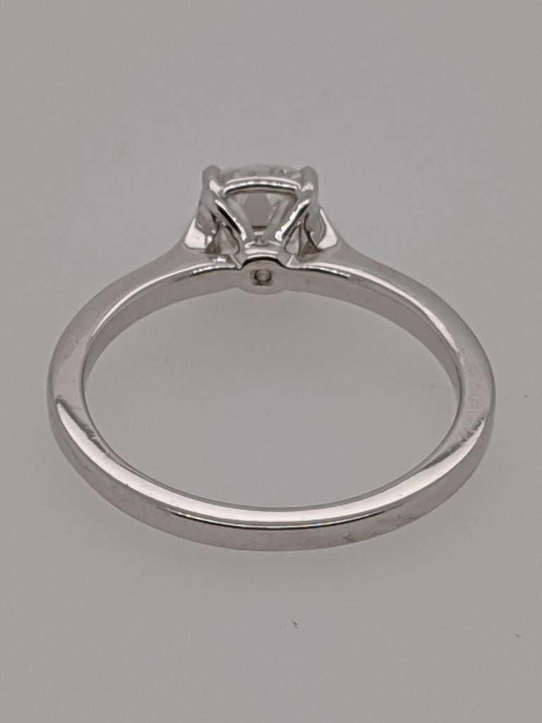 Antique Cut Cushion Diamond Engagement Ring in 18 Karat White Gold, GIA In New Condition For Sale In New York, NY