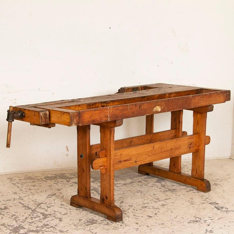 Antique Danish Carpenters Workbench Work Table In Good Condition For Sale In Round Top, TX