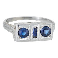Antique Deco Double Sapphire Ring Vintage 18 Karat White Gold Square Jewelry