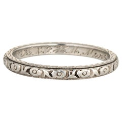 Antique Deco Wedding Band 18 Karat White Gold Embossed Flowers Vintage