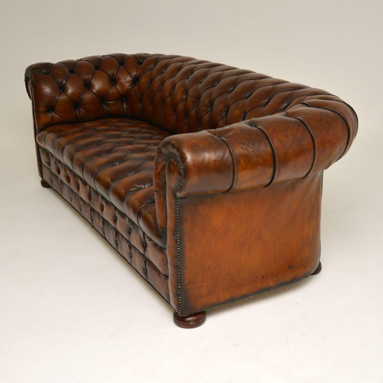 Antique Deep Buttoned Leather Chesterfield Sofa For Sale 1