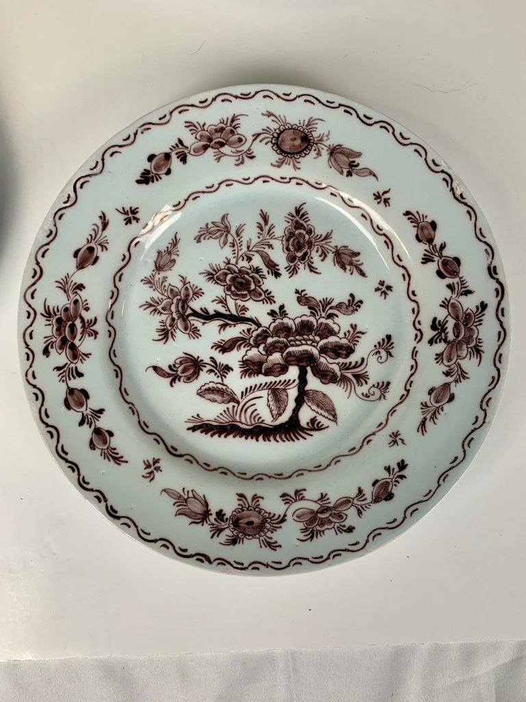 Antique Delft Dishes a Set of Five 18th Century with Purple/Manganese Coloring In Excellent Condition For Sale In Katonah, NY