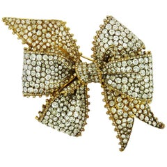 Antique Diamond 18 Karat Yellow Gold Bow Brooch, circa 1880