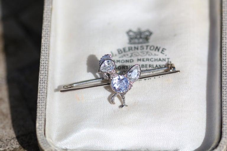 Antique Diamond Chicken Platinum Brooch In Excellent Condition For Sale In Banbury, GB