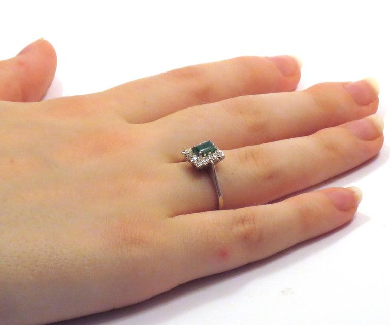 Women's Antique Diamonds .40 Emerald 18 Karat White Gold Ring For Sale