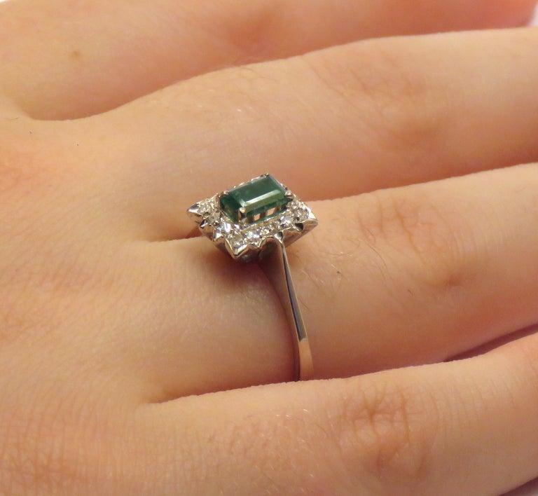 Antique Diamonds .40 Emerald 18 Karat White Gold Ring For Sale 2