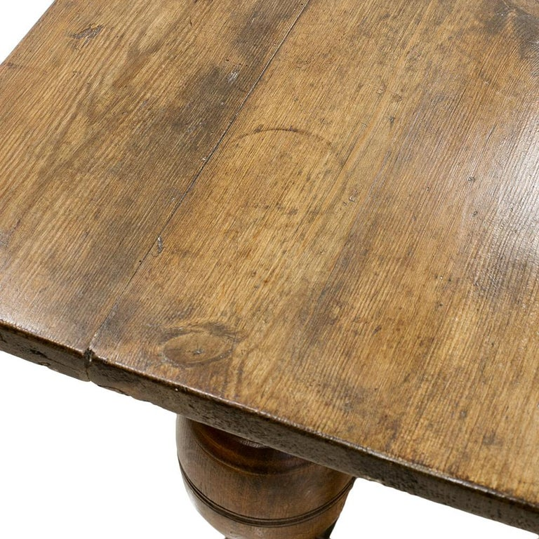 Antique Dining Table, 18th Century For Sale 3