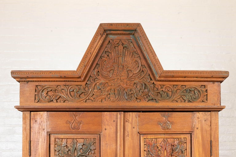 Antique Dutch Colonial Armoire with Low-Relief Carved Painted Birds and Foliage In Good Condition For Sale In Yonkers, NY