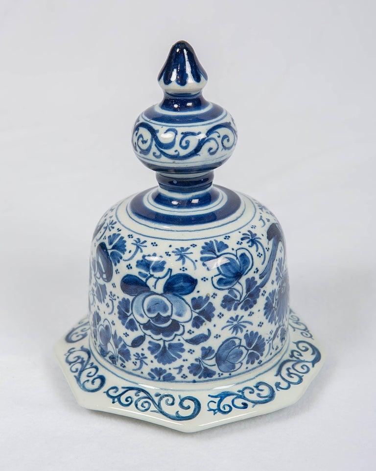 Antique Dutch Delft Blue and White Three Piece Garniture Made 1700-1716 For Sale 4