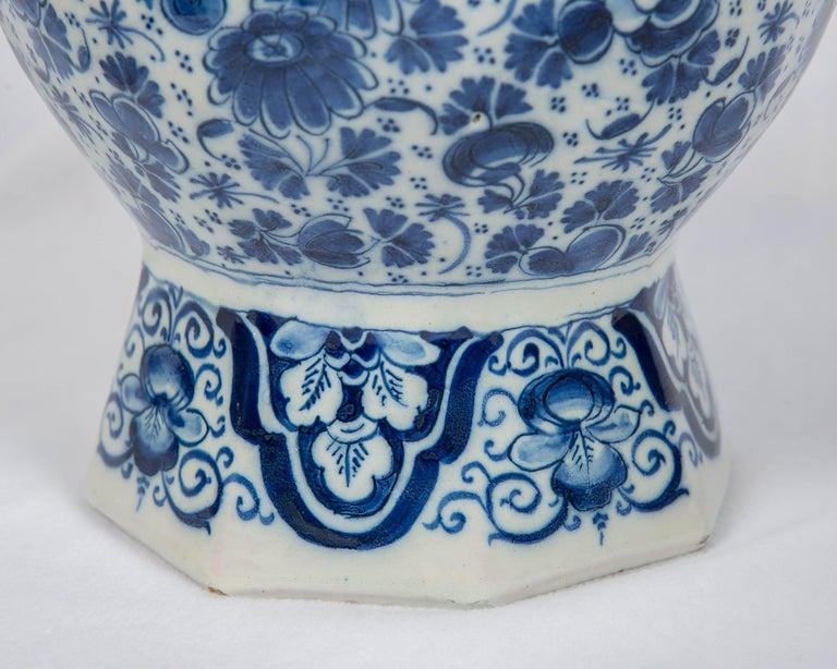 Antique Dutch Delft Blue and White Three Piece Garniture Made 1700-1716 For Sale 1