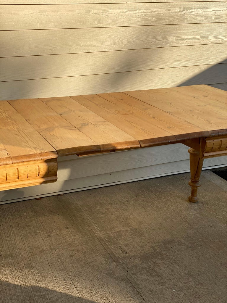Antique Dutch Pine Dining Table, circa 1870 For Sale 3