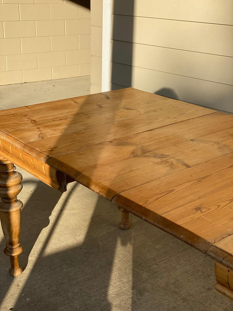 Antique Dutch Pine Dining Table, circa 1870 For Sale 4
