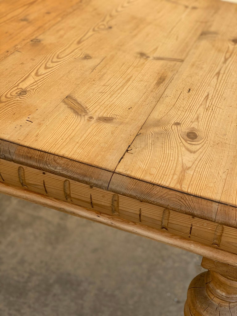 Antique Dutch Pine Dining Table, circa 1870 For Sale 5