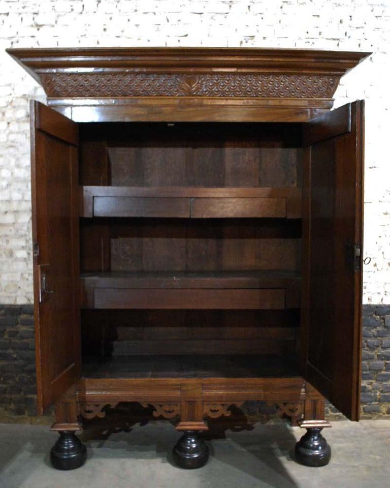 18th Century Antique Dutch Renaissance Oak  Cabinet For Sale