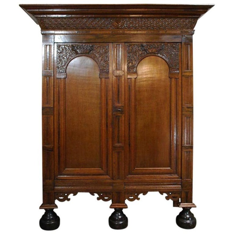 Antique Dutch Renaissance Oak  Cabinet For Sale