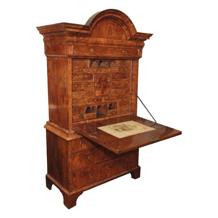 Antique Early 18th Century English Burled Walnut Fall-Front Desk For Sale