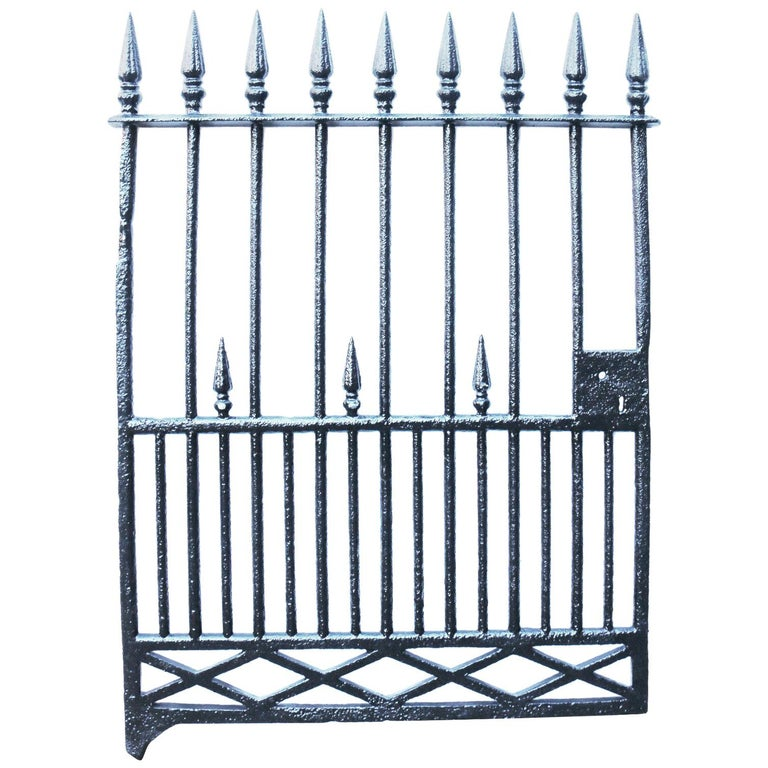 Antique Early 19th Century Cast Iron Pedestrian Gate For Sale