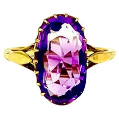 Antique Early Victorian 14 Karat Gold Yellow and Amethyst Oval Ring 19th Century