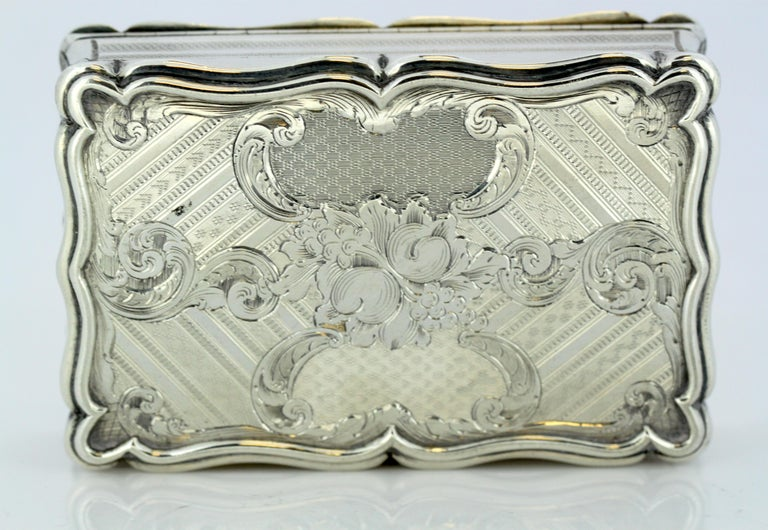 Antique Early Victorian Sterling Silver Cigarette Box, Birmingham, 1848 For Sale 8
