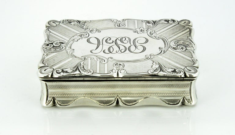 Antique Early Victorian Sterling Silver Cigarette Box, Birmingham, 1848 For Sale 1