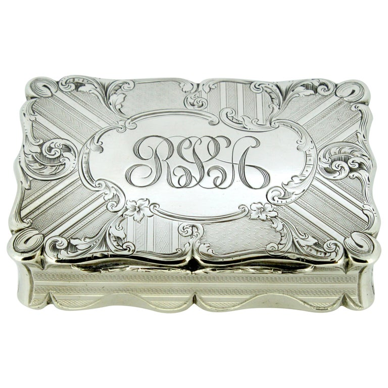 Antique Early Victorian Sterling Silver Cigarette Box, Birmingham, 1848 For Sale