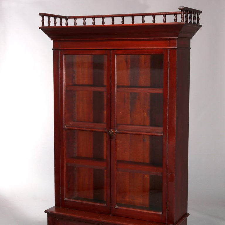 Antique Eastlake Mahogany Two-Door Bookcase, circa 1900 In Good Condition For Sale In Big Flats, NY