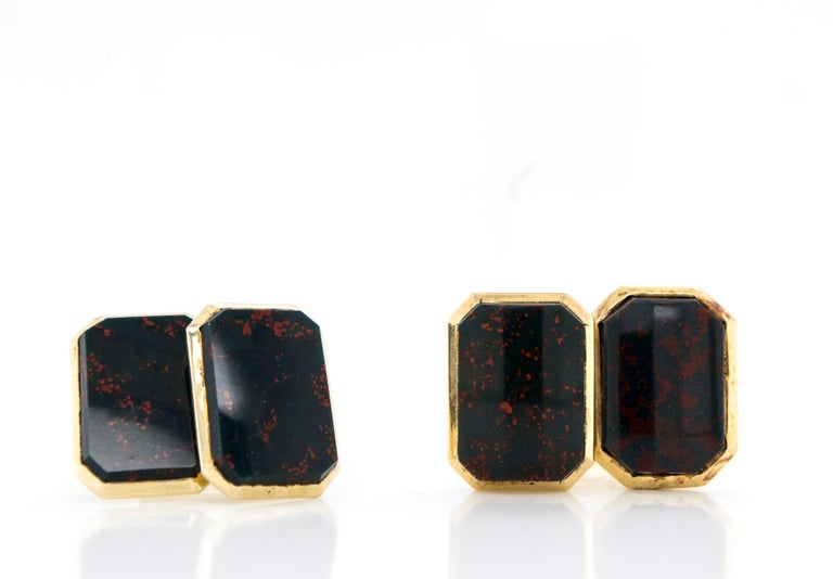 Cushion Cut Antique Edwardian 14 Karat Gold Bloodstone Agate Double-Sided Cufflinks For Sale