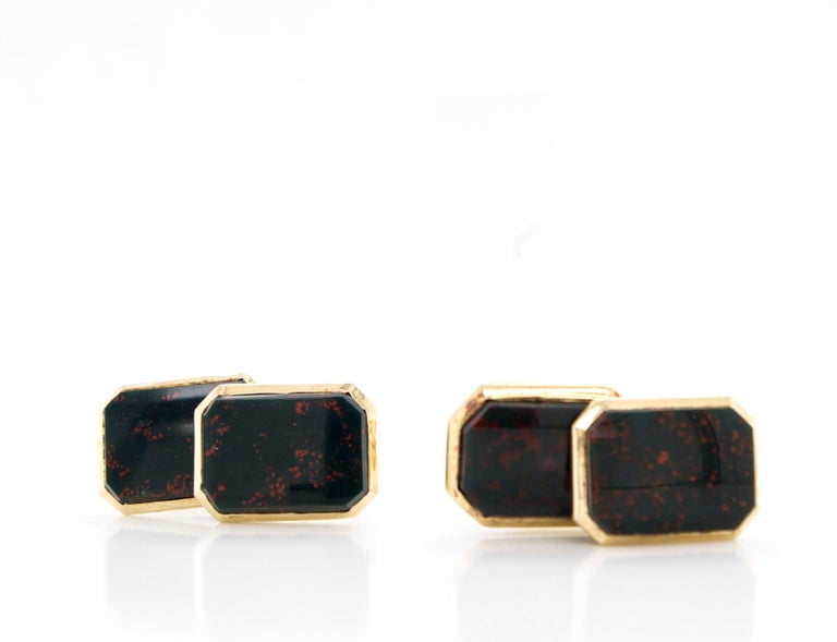 Antique Edwardian 14 Karat Gold Bloodstone Agate Double-Sided Cufflinks In Good Condition For Sale In Westport, CT