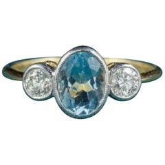 Antique Edwardian Aquamarine Trilogy Ring 18 Carat Gold, circa 1910