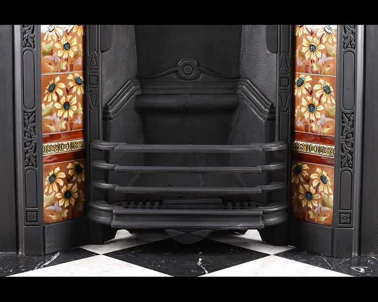 Early 20th Century Antique Edwardian Art Nouveau Fireplace Insert, circa 1905 For Sale