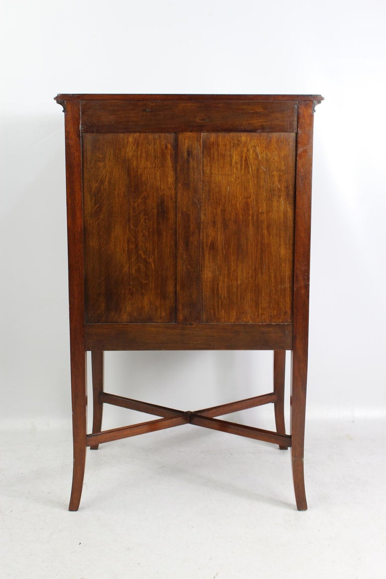 Early 20th Century Antique Edwardian Bow Front Mahogany Music Cabinet English Chest, circa 1910 For Sale