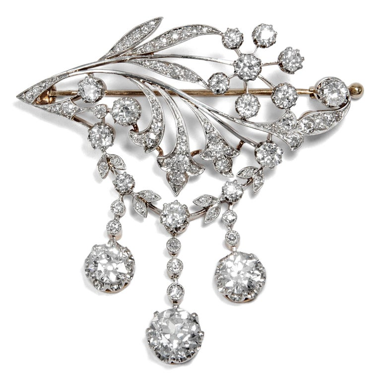 A new fashion swept across Europe from the late 19th century onwards. Jewels exclusively set with diamonds in silver or platinum on gold gleamed brightly in the new electric light, superseding older, more colourful designs.  The brooch at hand is a