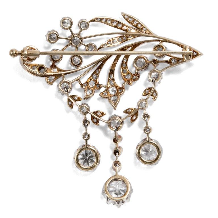 Women's or Men's Antique Edwardian circa 1900 Certified 5.93 Carat Diamond Garland Style Brooch For Sale
