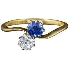 Antique Edwardian Diamond Sapphire 18 Carat Gold circa 1910 Twist Ring