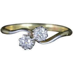 Antique Edwardian Diamond Twist Ring 18 Carat Platinum, circa 1910