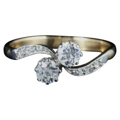 Antique Edwardian Diamond Twist Ring circa 1915 18 Carat Gold Platinum