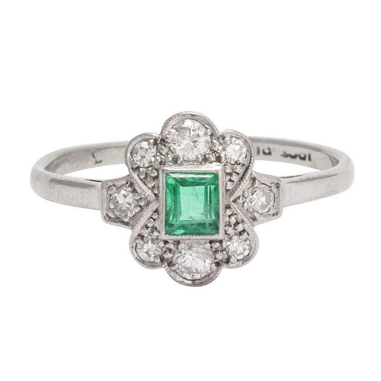 Antique Edwardian Emerald Diamond Platinum Cluster Ring