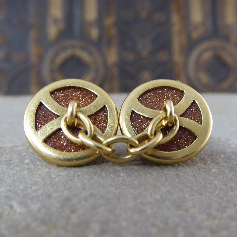 Antique Edwardian Goldstone Cufflinks in 18 Carat Gold In Good Condition For Sale In Yorkshire, West Yorkshire