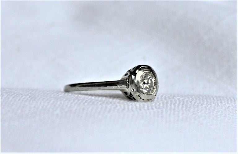 American Antique Edwardian Ladies 18-Karat White Gold and Diamond Solitaire Ring For Sale
