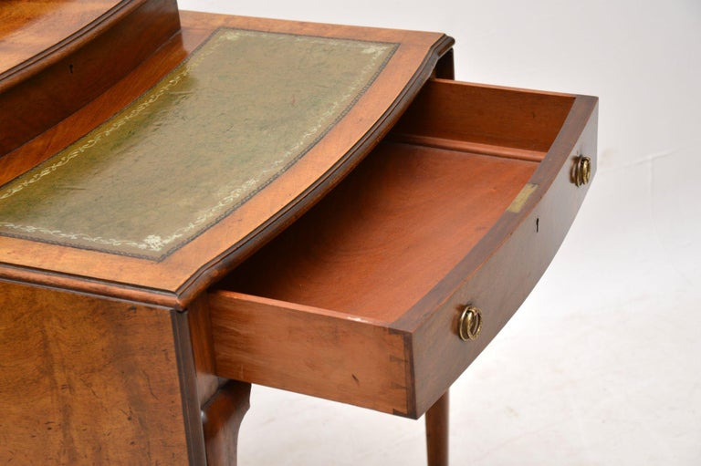 Antique Edwardian Mahogany and Leather Writing Table For Sale 3