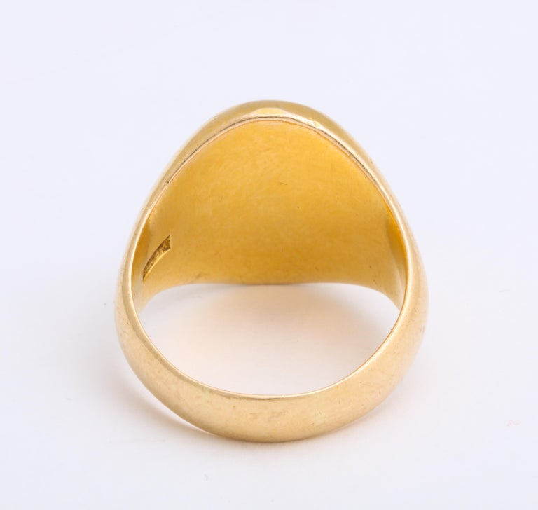Antique Edwardian Signet Ring of Two Storks by Larter and Sons For Sale 2