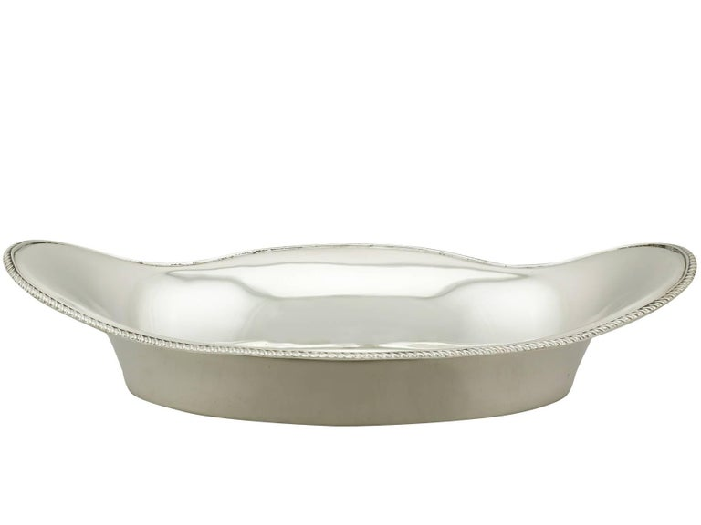 British Antique Edwardian Sterling Silver Bread Dish For Sale