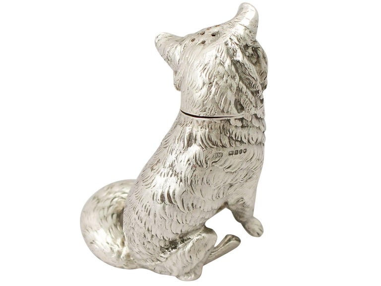 Antique Edwardian Sterling Silver 'Fox' Pepperette In Excellent Condition For Sale In Jesmond, Newcastle Upon Tyne