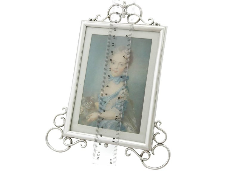 Antique Edwardian Sterling Silver Photograph Frame For Sale 3