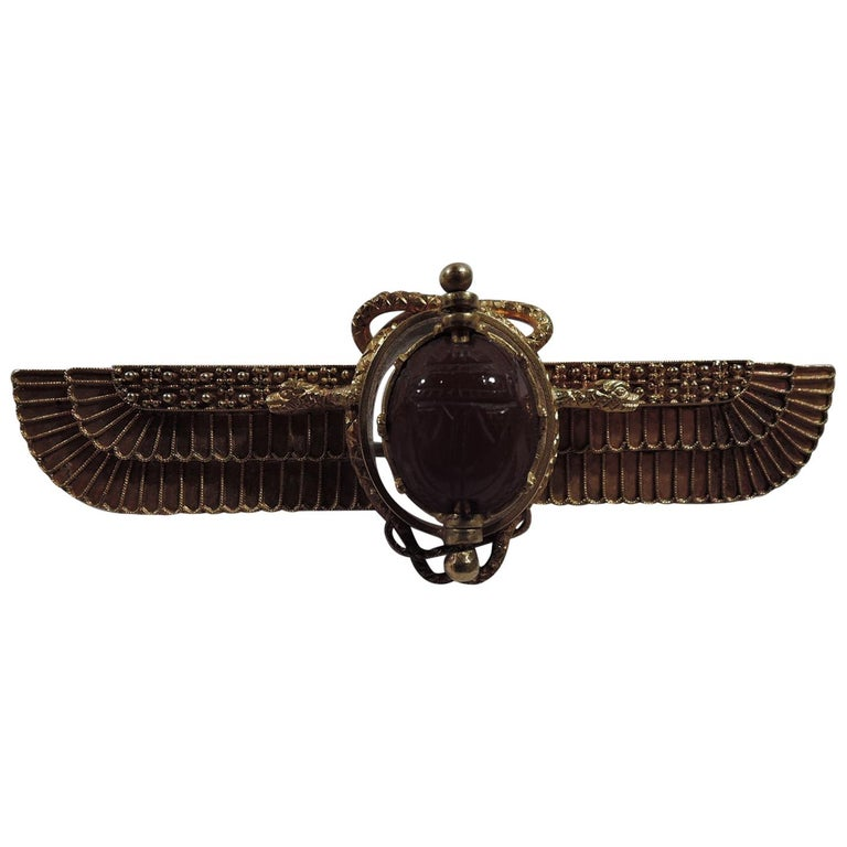 Antique Egyptian-Revival 18 Karat Gold Winged Sun Brooch with Scarab For Sale