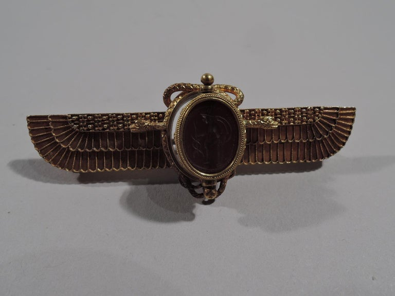 Egyptian Revival Antique Egyptian-Revival 18 Karat Gold Winged Sun Brooch with Scarab For Sale