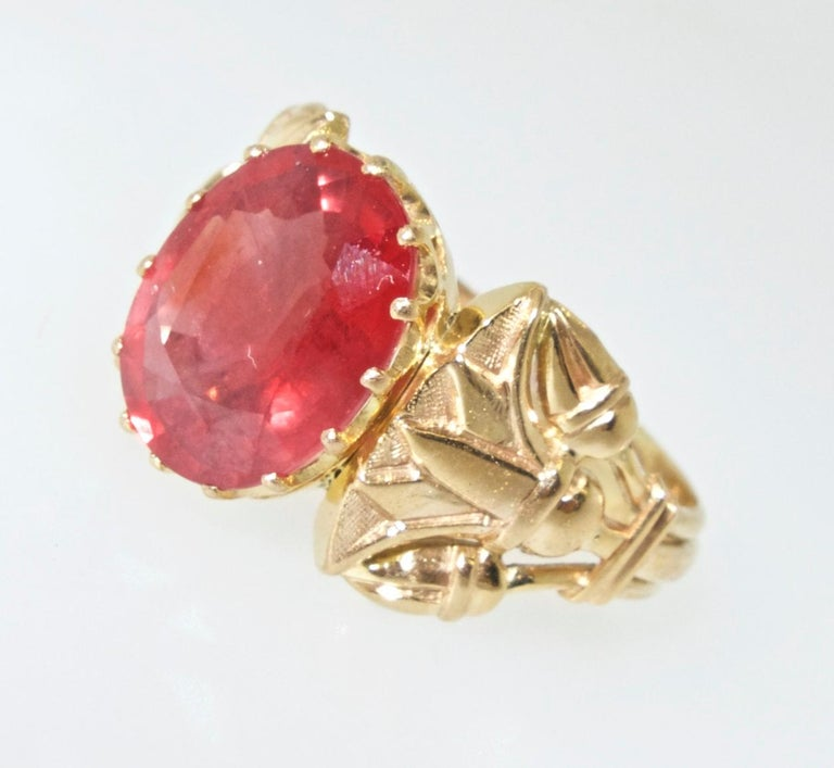 Antique Egyptian Revival Fire Opal and Gold Ring, circa 1915 For Sale 3