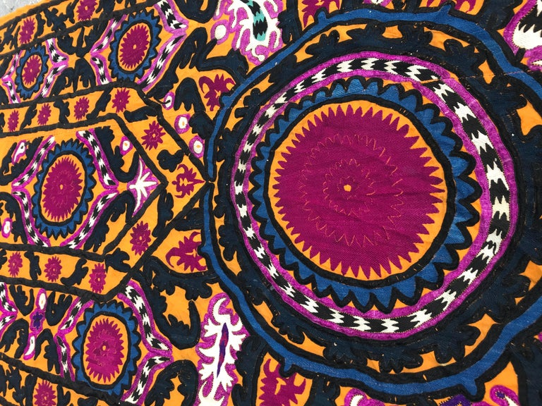 Silk Antique Embroidery Early 20th Century Uzbek Suzani Embroidered For Sale
